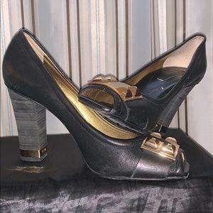 Black 10B BCBG OPEN TOE heel w/ gold buckle